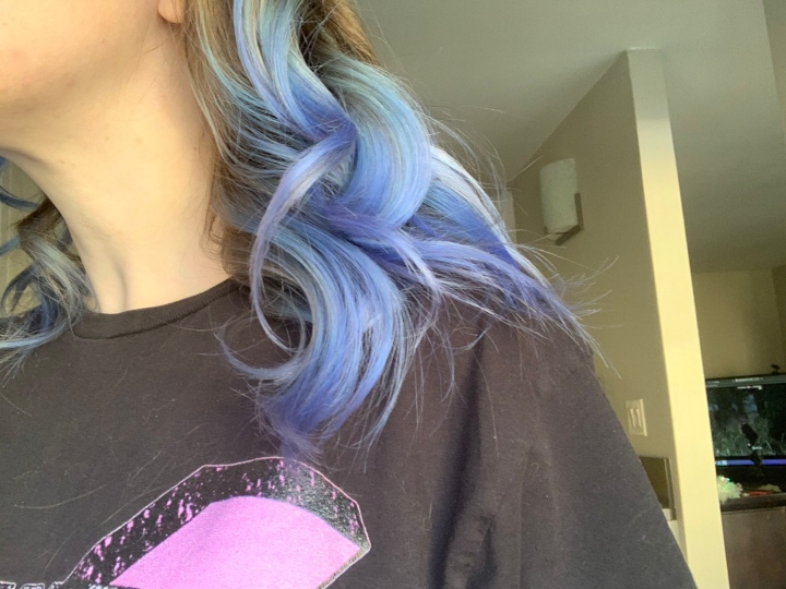 Blue Hair, Don't Care